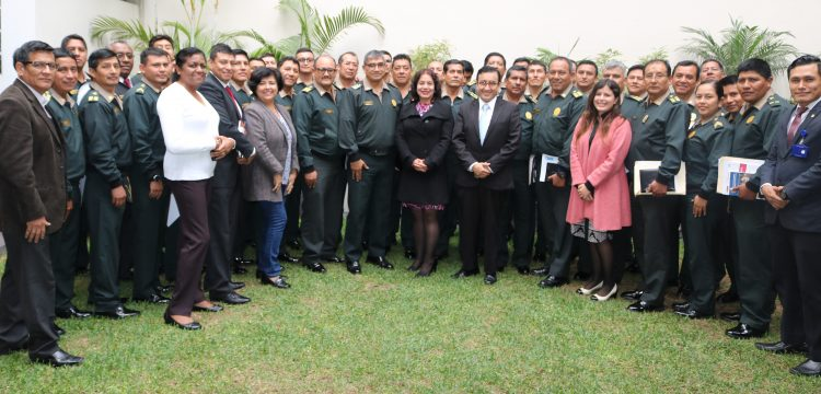 IDL y PNP realizaron capacitación sobre derechos humanos en planeamiento de operaciones policiales