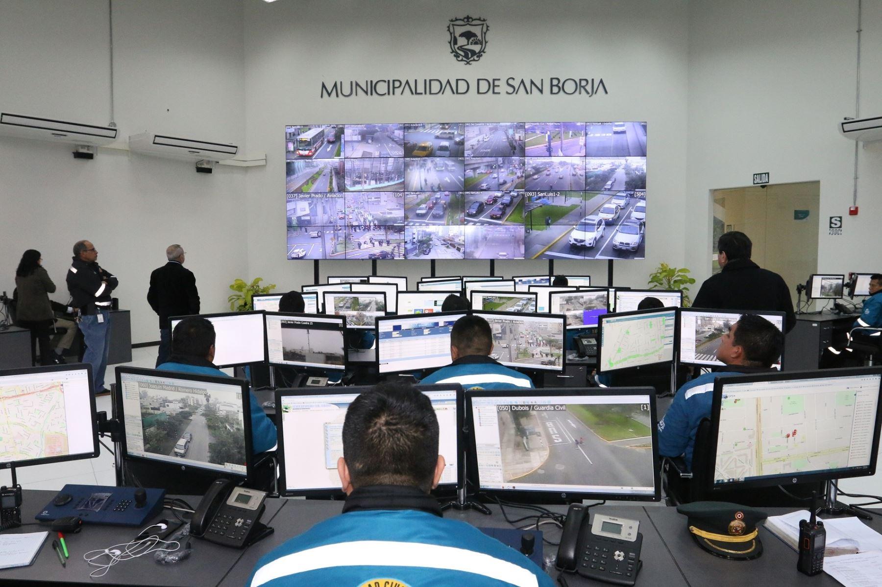 Inspección judicial en la comisaría de San Borja por la tortura y muerte de Gerson Falla
