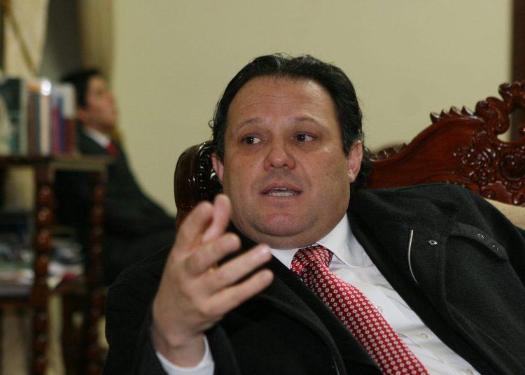 ¿Lo recuerda? Carlos Mesía postulará a las elecciones congresales con Fuerza Popular (Caretas)