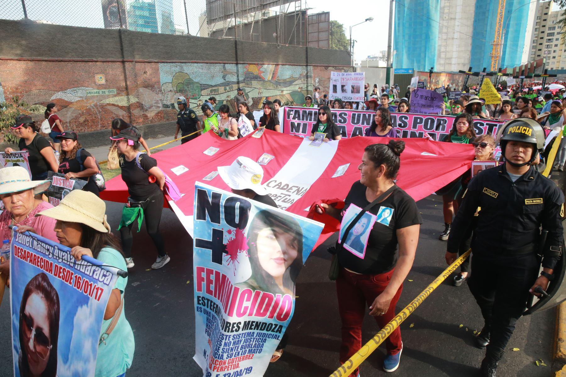 Mujeres de diferentes sectores proponen políticas públicas