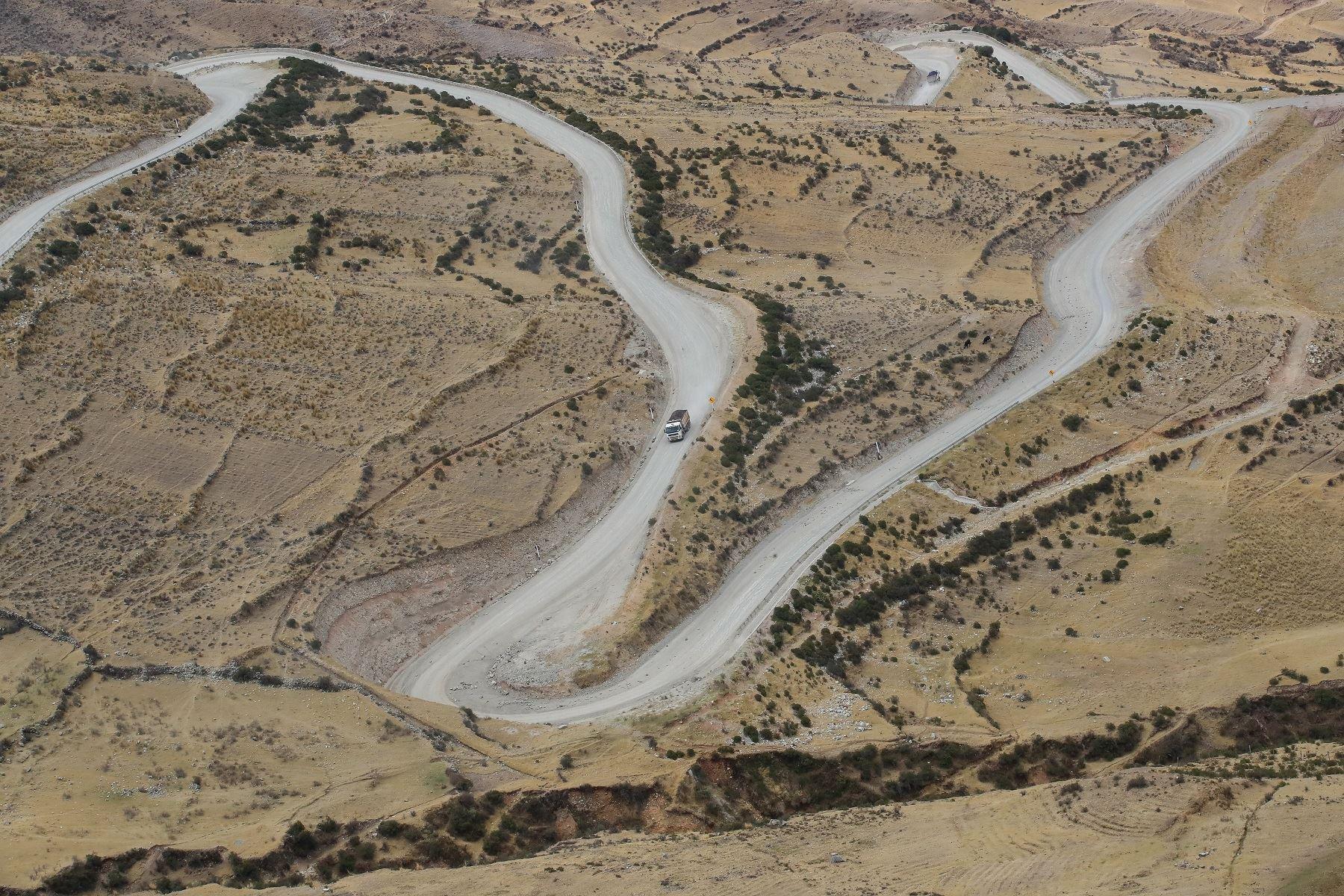 Gobierno decreta nueva declaratoria de emergencia en el Corredor Vial Minero del Sur que se superpone a la declaratoria de emergencia sanitaria por Covid-19