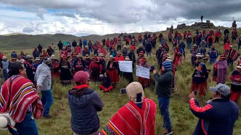 Comunidades campesinas de Chumbivilcas presentan demanda contra sistemáticas suspensiones de la libertad de reunión