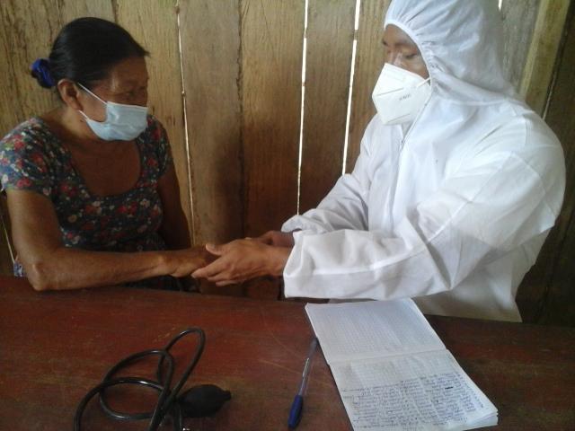 Organización indígena lleva medicinas y asistencia médica a comunidades del Cenepa