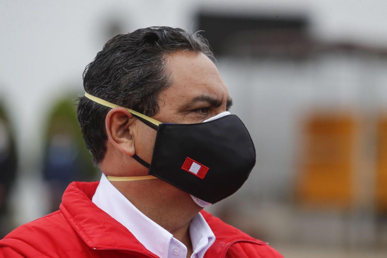 Dimite el ministro del Interior de Perú por la muerte de 13 personas en un operativo policial