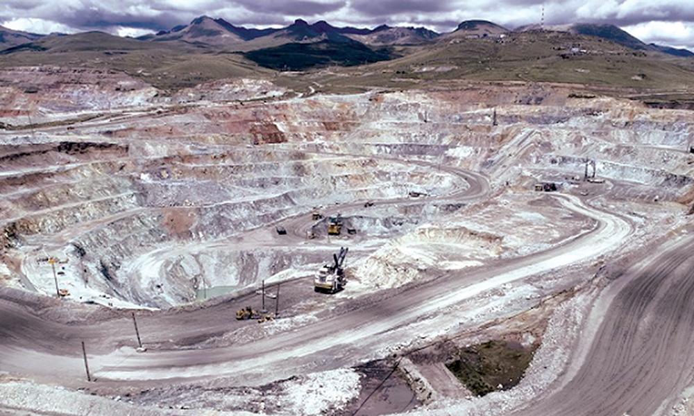Audiencia por omisión de consulta del proyecto minero Antapaccay