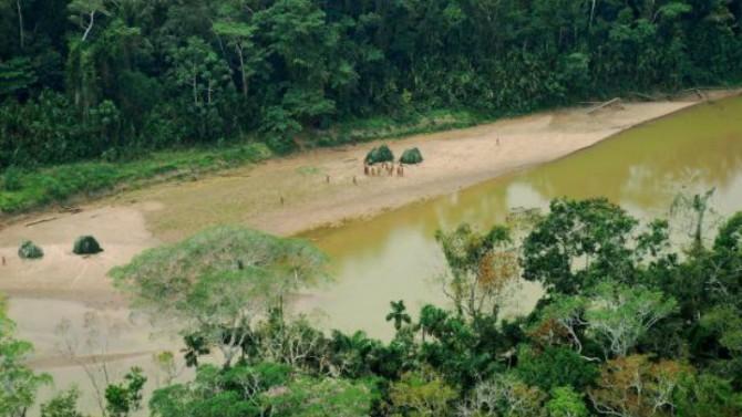 La consulta previa como medio para dilatar la creación de reservas indígenas en protección de los PIACI