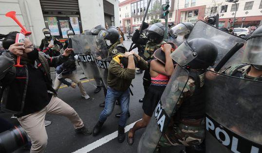 ¿Cuáles son las obligaciones del Estado cuando la población ejerce su derecho a la protesta social?