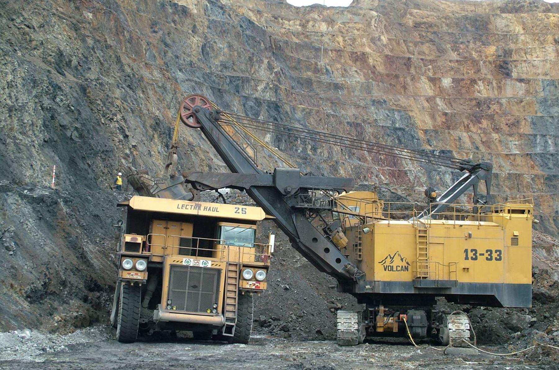 Dos sentencias judiciales ordenan que se consulten las concesiones mineras