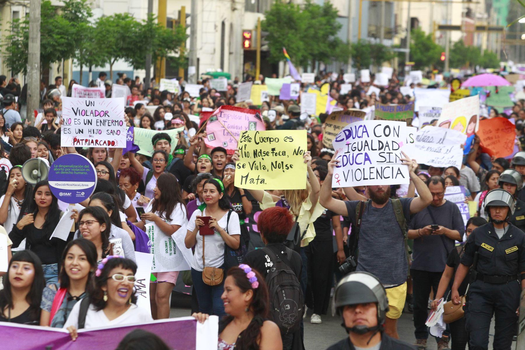 Elecciones 2021: ¿Qué dicen los planes de Gobierno sobre el problema de género?