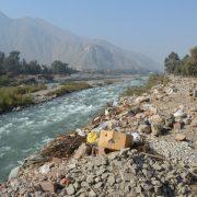 ¿Cómo enfrentar la contaminación ambiental de los ríos generada o tolerada por los municipios?