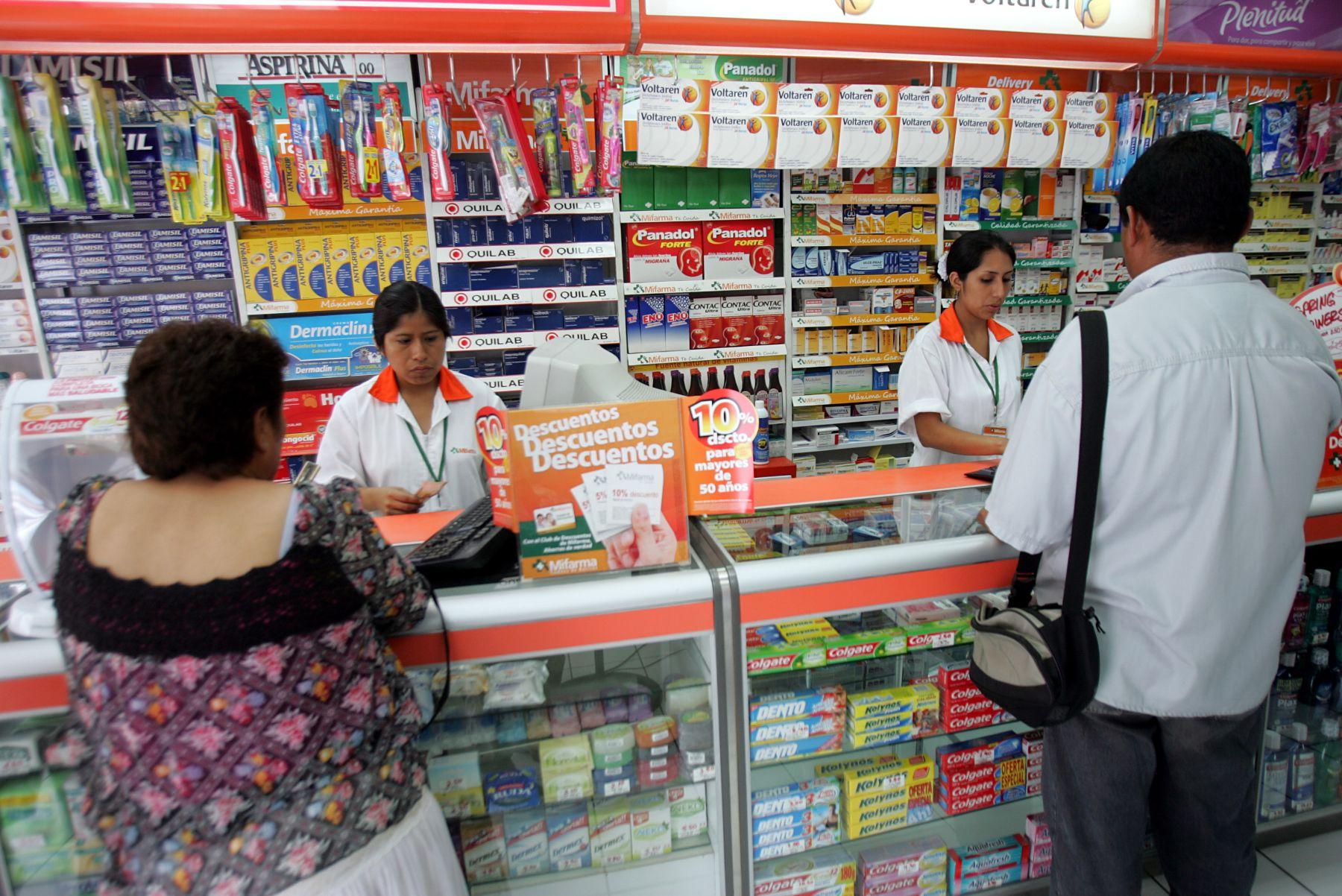 Poder Judicial admite demanda contra monopolio en el mercado de farmacias