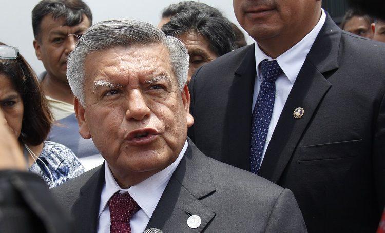 César Acuña lleva en su lista al Congreso a personajes denunciados e investigados por la Fiscalía