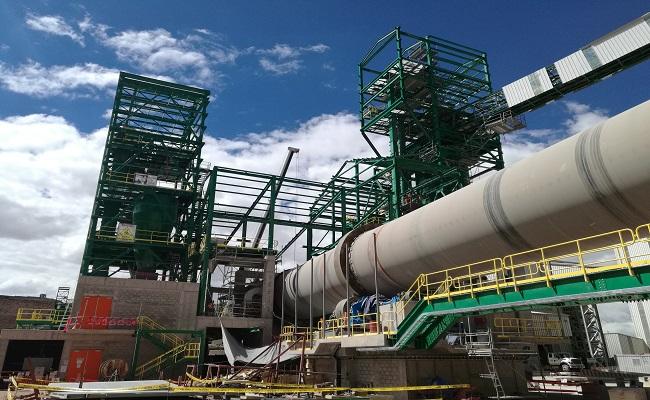 Demanda por omisión de consulta contra Cementos Sur en Puno