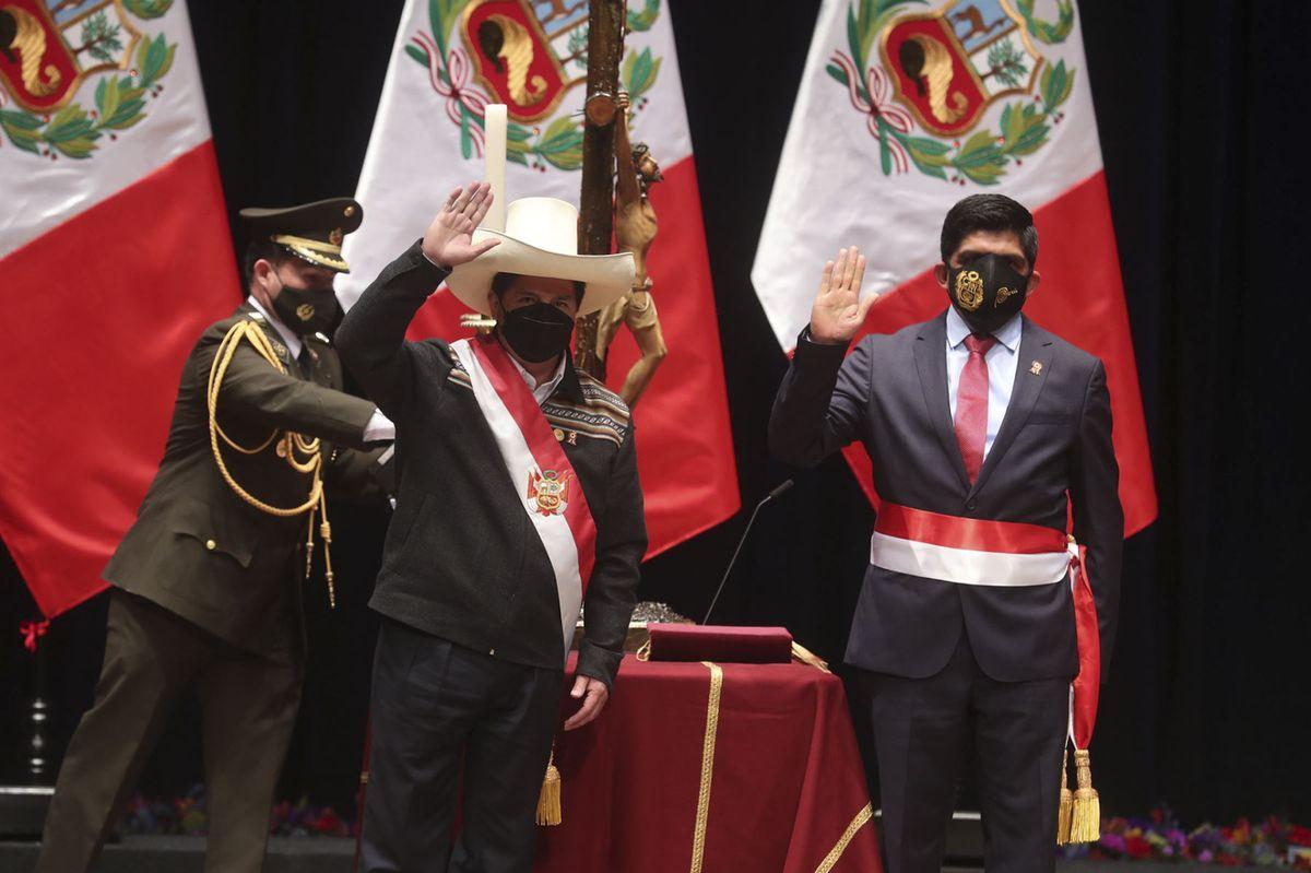 Incontinencia electoral y otros síndromes de la clase política peruana