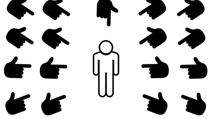 Manual para criminalizar personas (si aún se les considera como tal)